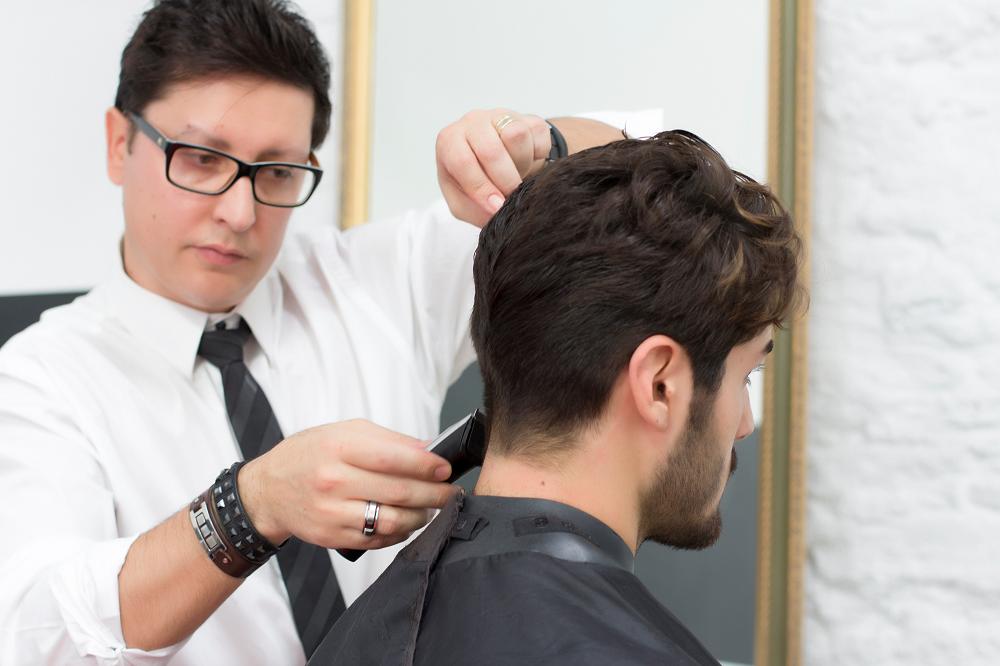 Álex Corcuera. Formación de barbería